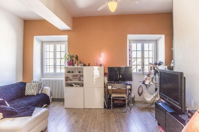 Sale house / villa Montfort l amaury 220000€ - Picture 2