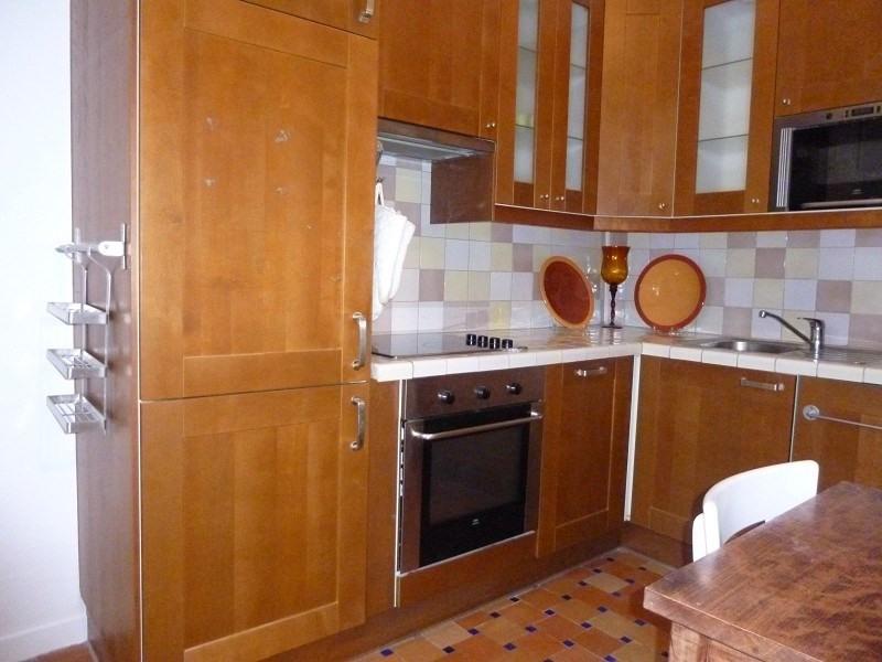 Rental apartment Paris 10ème 758€ CC - Picture 2