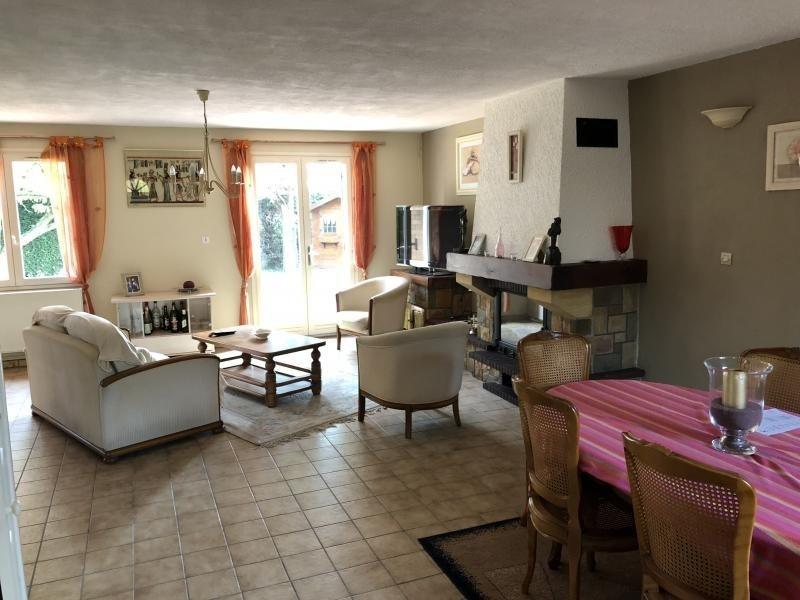 Sale house / villa Estevelles 239000€ - Picture 6