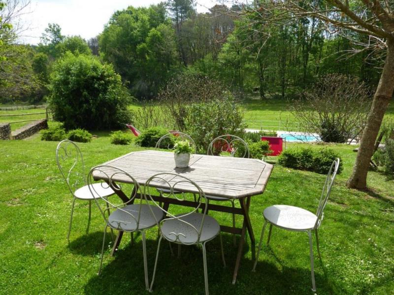 Deluxe sale house / villa Castels 735000€ - Picture 3