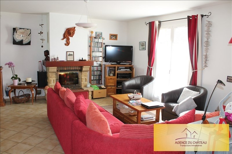Sale house / villa Lommoye 253 000€ - Picture 3