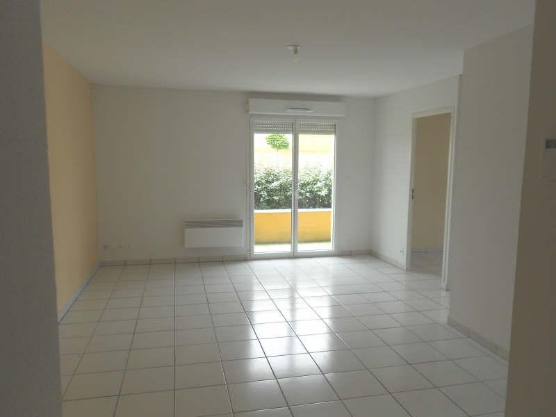 Rental apartment St lys 510€ CC - Picture 3