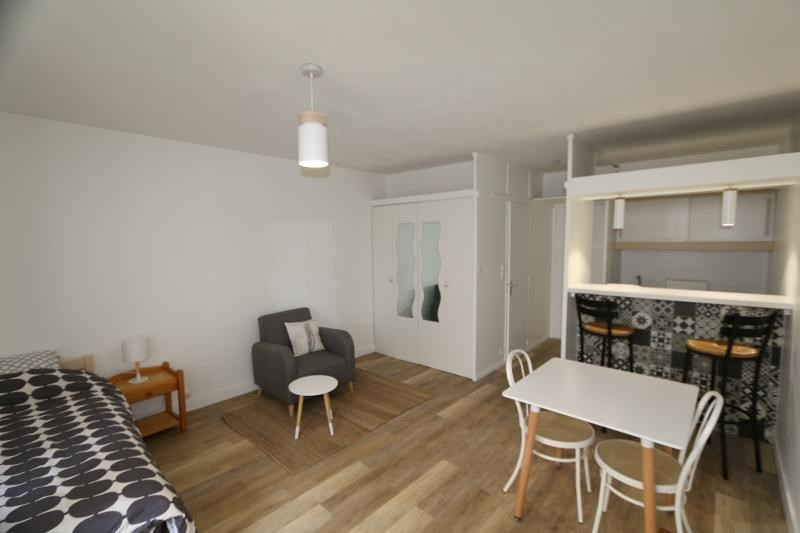 Location appartement Vendome 385€ CC - Photo 2