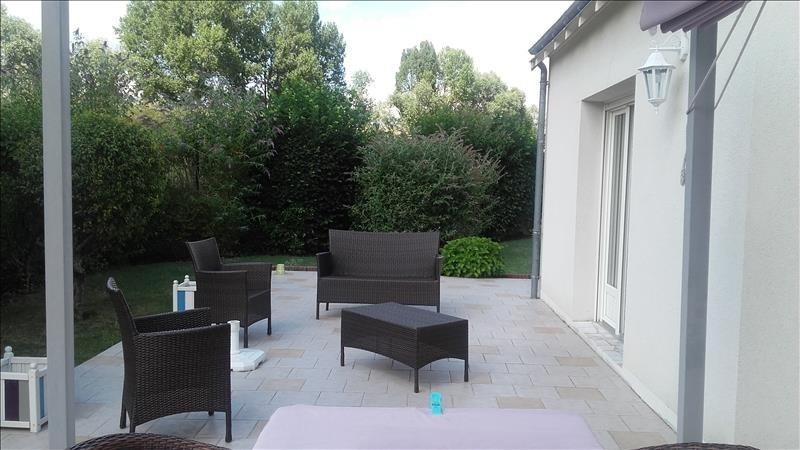 Sale house / villa La riche 399000€ - Picture 3