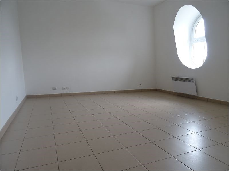Location appartement Viry chatillon 574€ CC - Photo 1