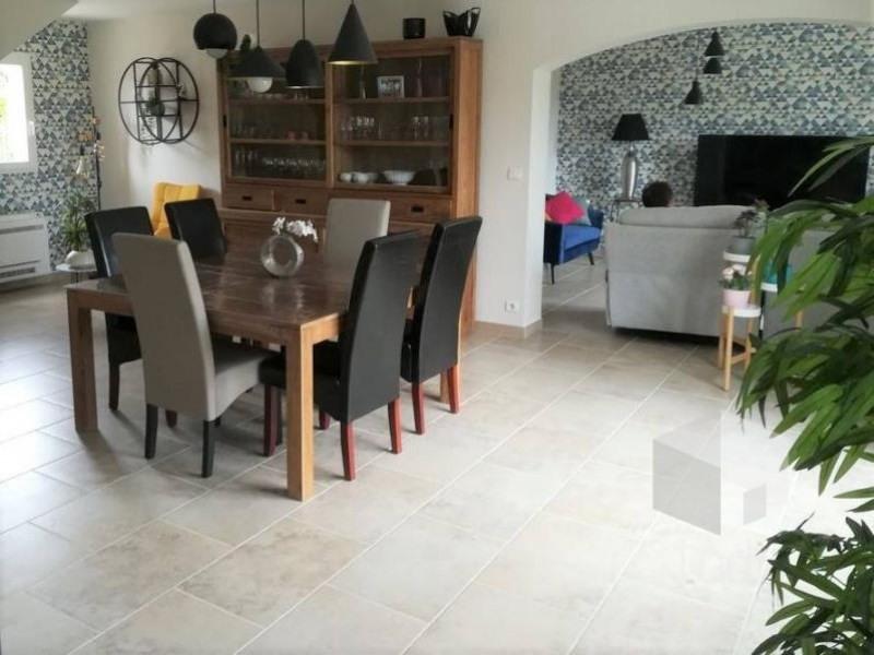 Vente maison / villa Camaret-sur-aigues 425000€ - Photo 2
