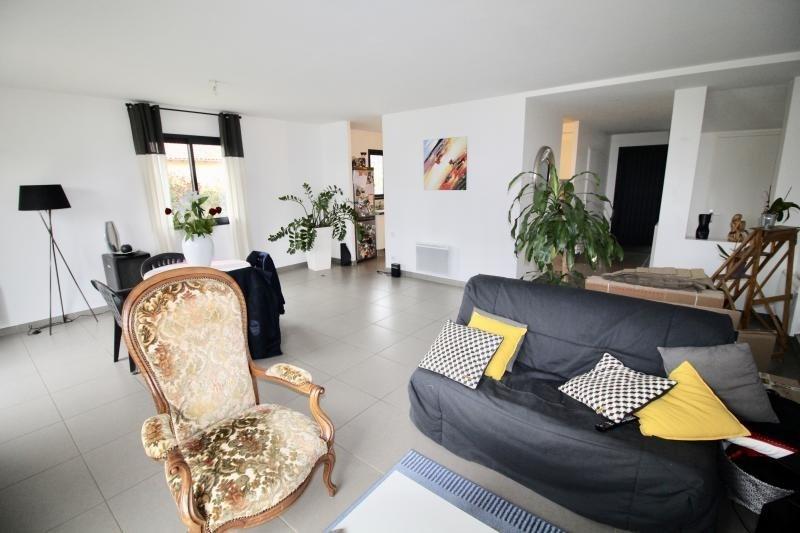 Location maison / villa Belberaud 1050€ CC - Photo 2