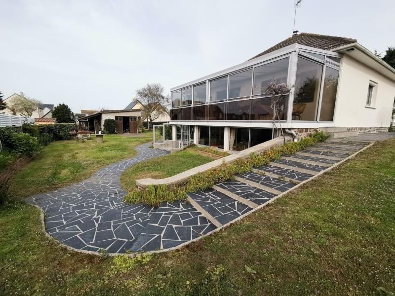Sale house / villa St germain sur ay 204500€ - Picture 1