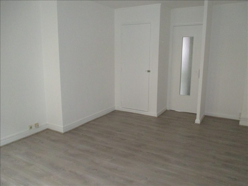 Location appartement Valence 335€ CC - Photo 3