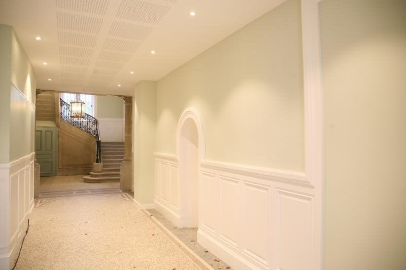 Sale apartment St genis les ollieres 445000€ - Picture 1
