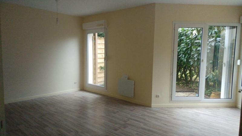 Rental apartment Montlhery 750€ CC - Picture 1