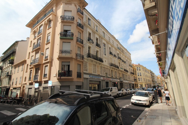 Location local commercial Nice 8 500€ CC - Photo 4