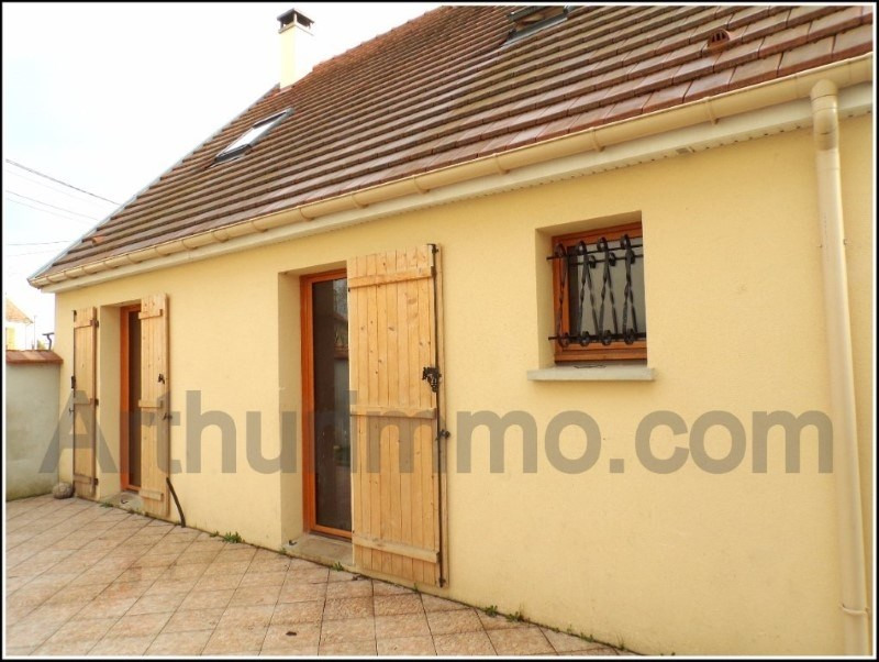 Sale house / villa Mormant 217 000€ - Picture 1
