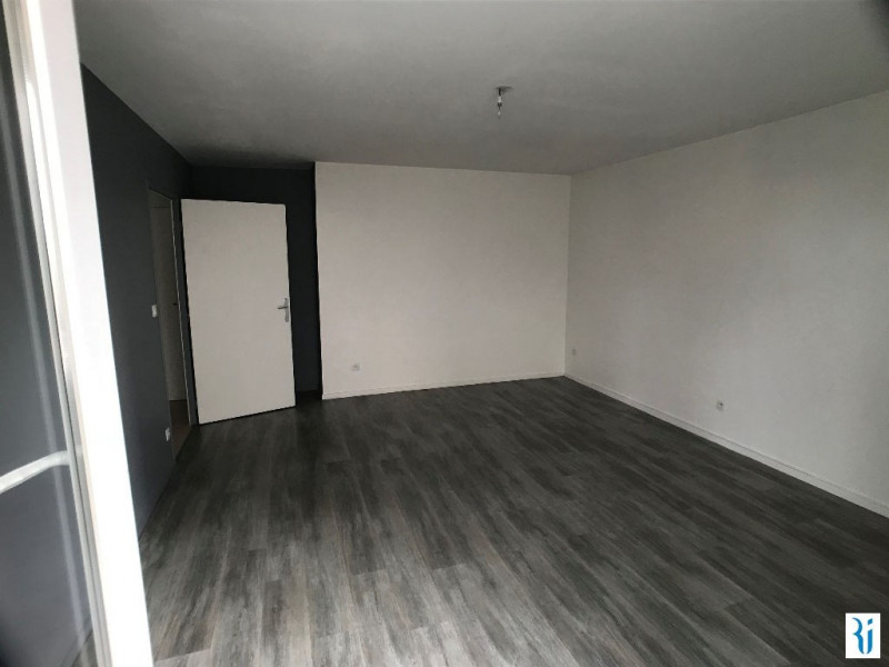 Location appartement Rouen 547€ CC - Photo 7