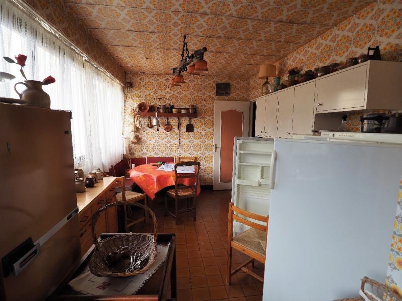 Sale apartment Vaux le penil 159600€ - Picture 2