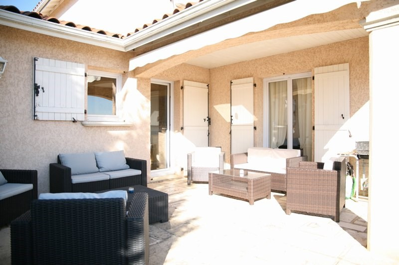 Sale house / villa Vaugneray 540 000€ - Picture 2