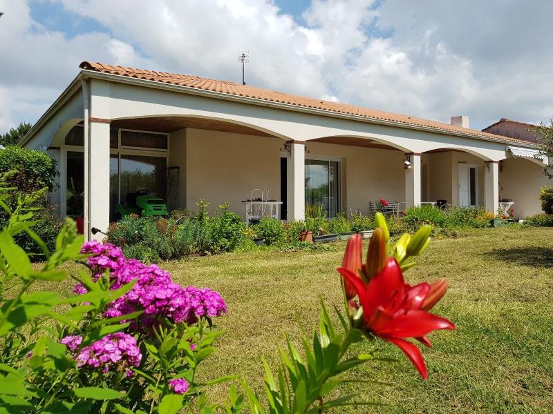 Sale house / villa Chateau d olonne 315000€ - Picture 2