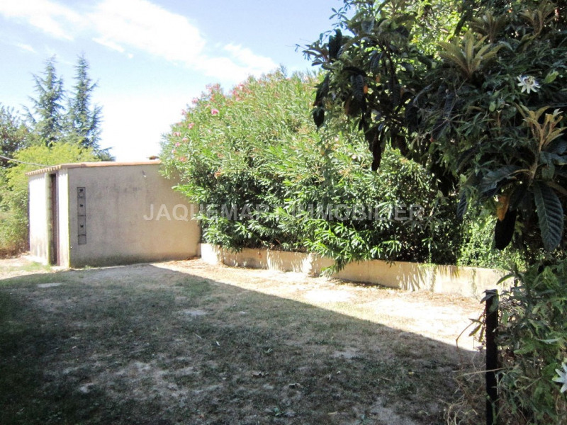 Rental apartment Lambesc 820€ CC - Picture 3