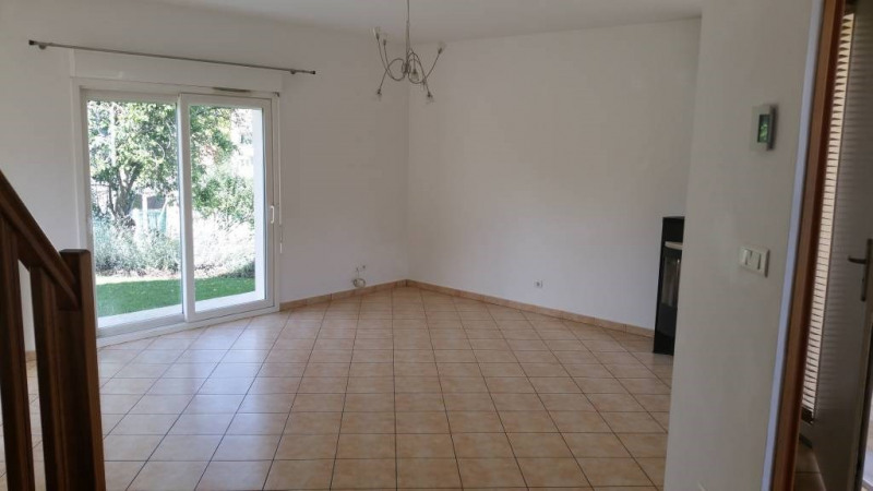 Location maison / villa La norville 1 500€ CC - Photo 3