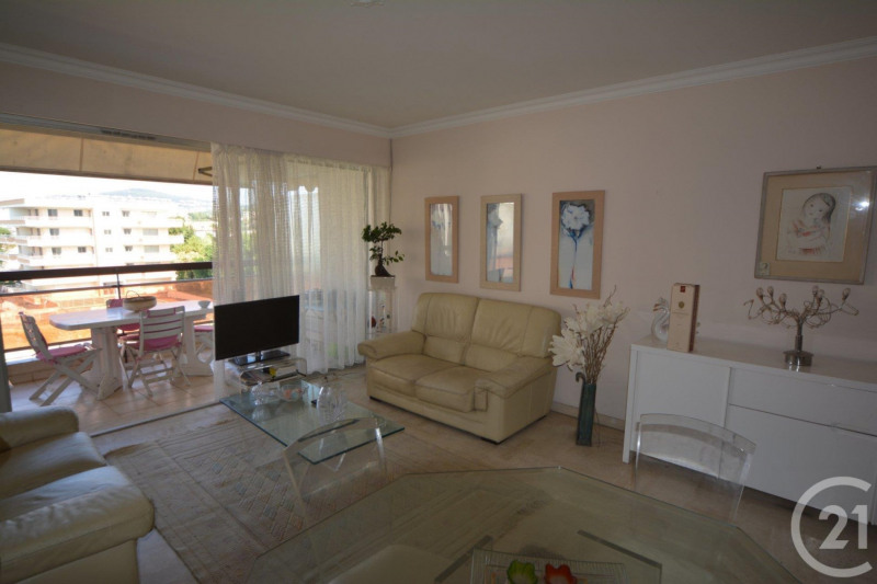 Sale apartment Juan les pins 250 000€ - Picture 1