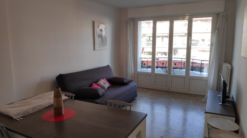 Rental apartment Cagnes sur mer 880€ CC - Picture 3
