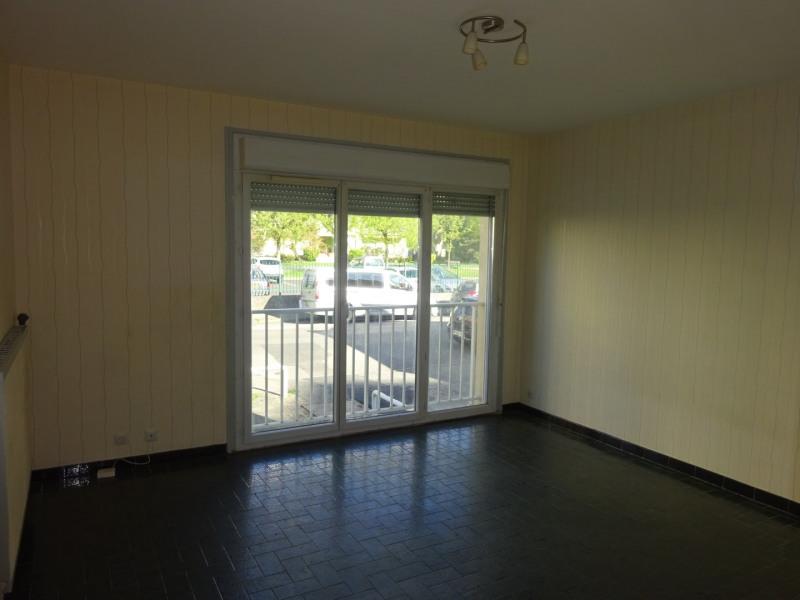 Locação apartamento Oullins 450€ CC - Fotografia 1