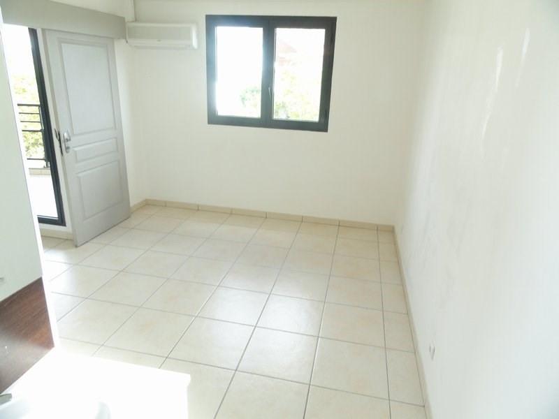 Location appartement La possession 600€ CC - Photo 3