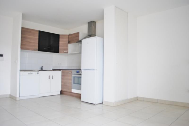Vente appartement Poissy 218 000€ - Photo 2