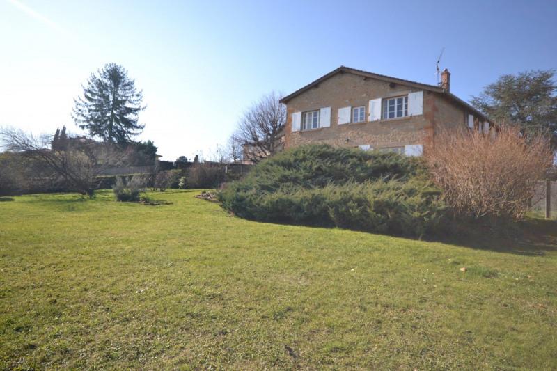 Beaujolais golden stones, stone property, 360 m2 of living s
