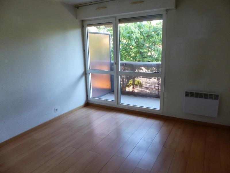 Sale apartment Bordeaux 106000€ - Picture 2