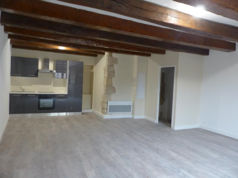Sale apartment Poitiers 197 160€ - Picture 1