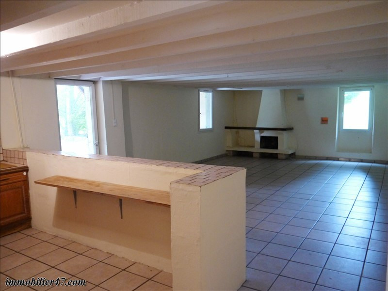 Location maison / villa Monclar 550€ CC - Photo 13