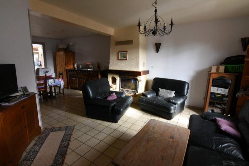Sale house / villa Neuilly en thelle 222000€ - Picture 2