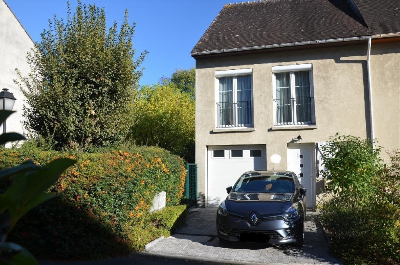 Sale house / villa Chartrettes 269 000€ - Picture 1