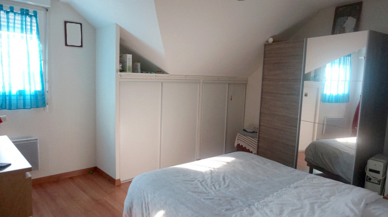 Sale apartment Valleiry 369000€ - Picture 5