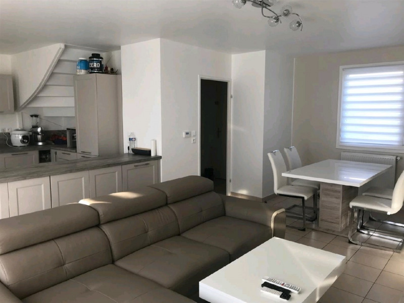 Sale house / villa Mery sur oise 329500€ - Picture 2
