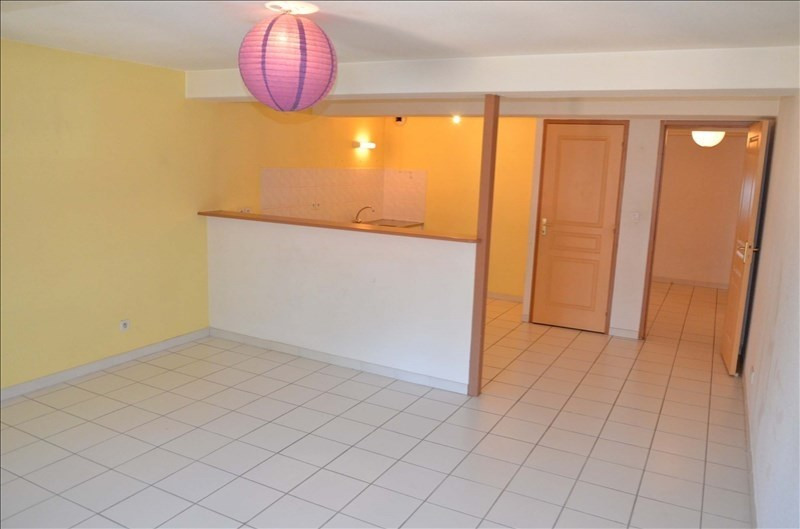 Location appartement Nantua 365€ CC - Photo 5