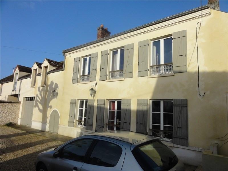 Sale house / villa Montfort l amaury 680000€ - Picture 1