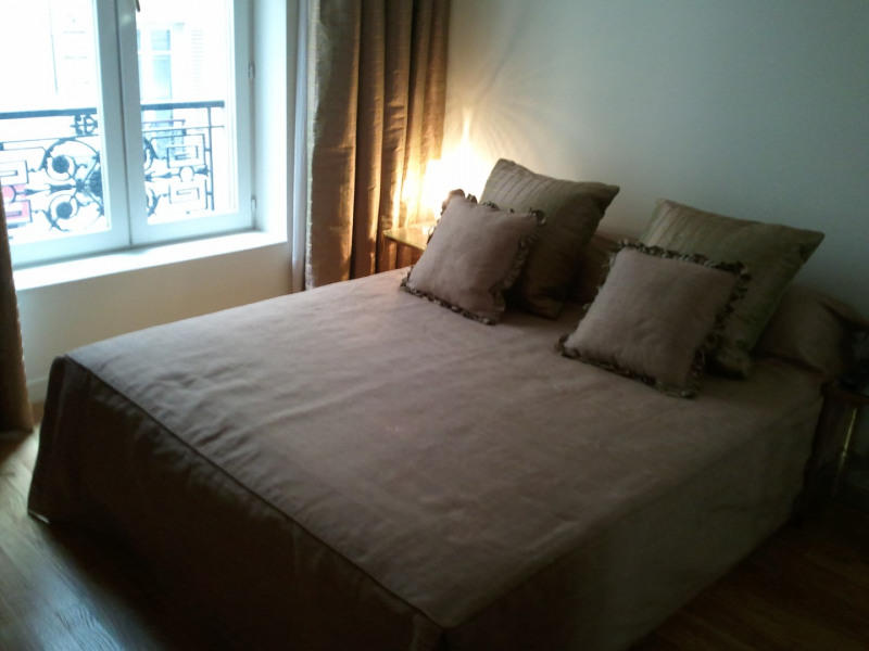 Location appartement Paris 17ème 2 950€ CC - Photo 3