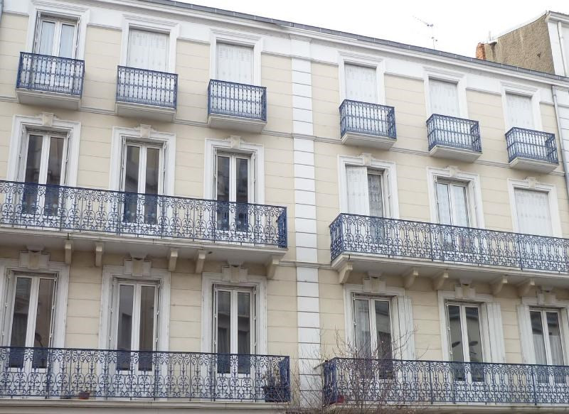 Vente appartement Vichy 65 000€ - Photo 1