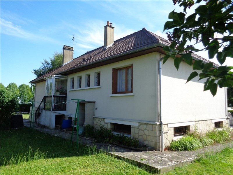 Sale house / villa Neuilly en thelle 239500€ - Picture 1