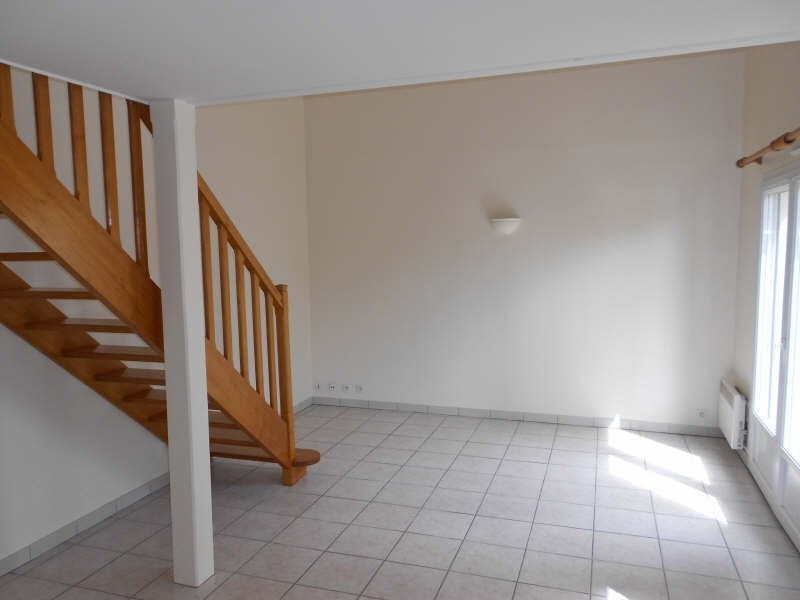 Location appartement Niort 329€ CC - Photo 1