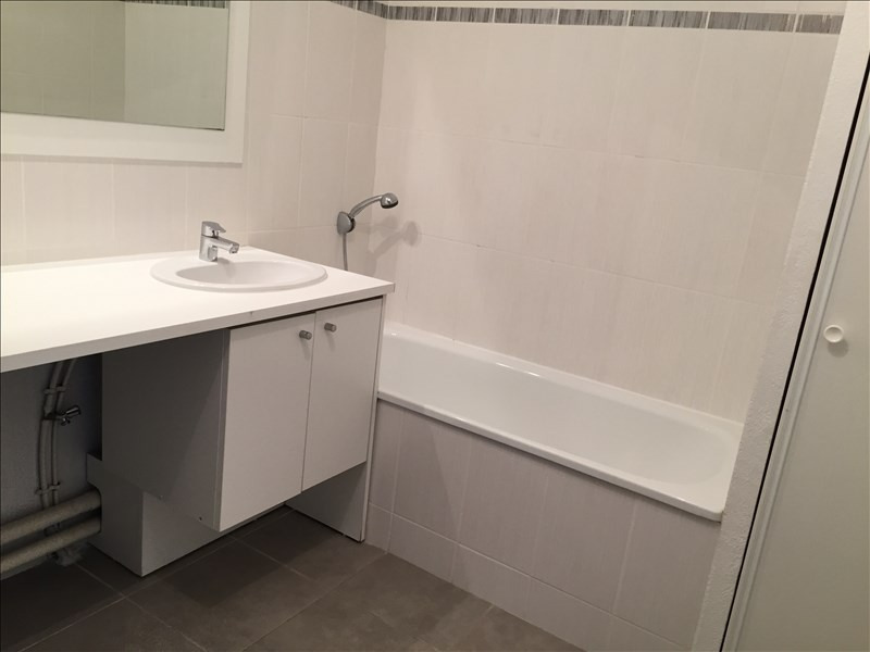 Rental apartment Sete 504€ CC - Picture 6