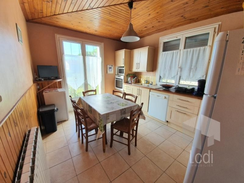 Vente maison / villa Aubenas 250 000€ - Photo 3