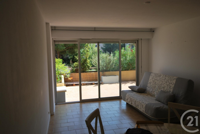 Rental apartment Antibes 810€ CC - Picture 4