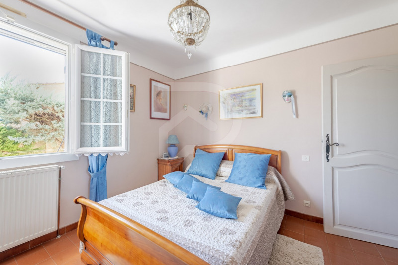 Vente maison / villa Entraigues sur la sorgue 352000€ - Photo 9