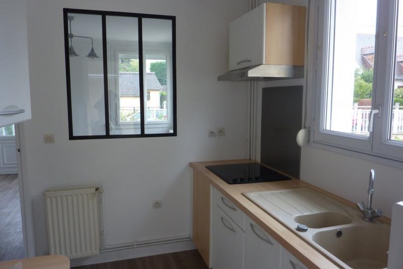 Rental house / villa Orsay 965€ CC - Picture 1