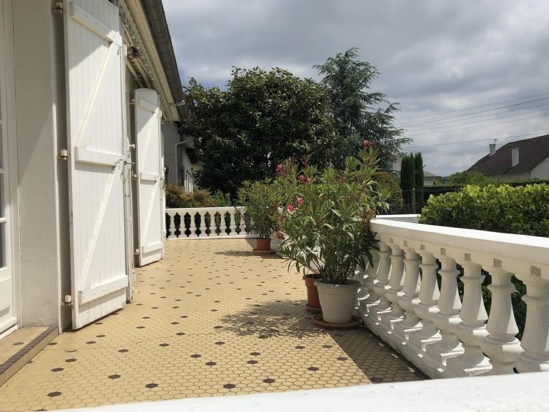 Sale house / villa Bizanos 316500€ - Picture 2