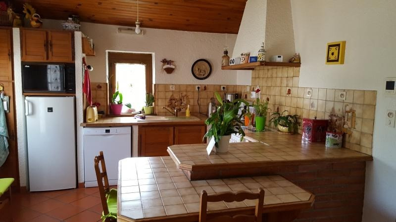 Sale house / villa L isle jourdain 441 000€ - Picture 6