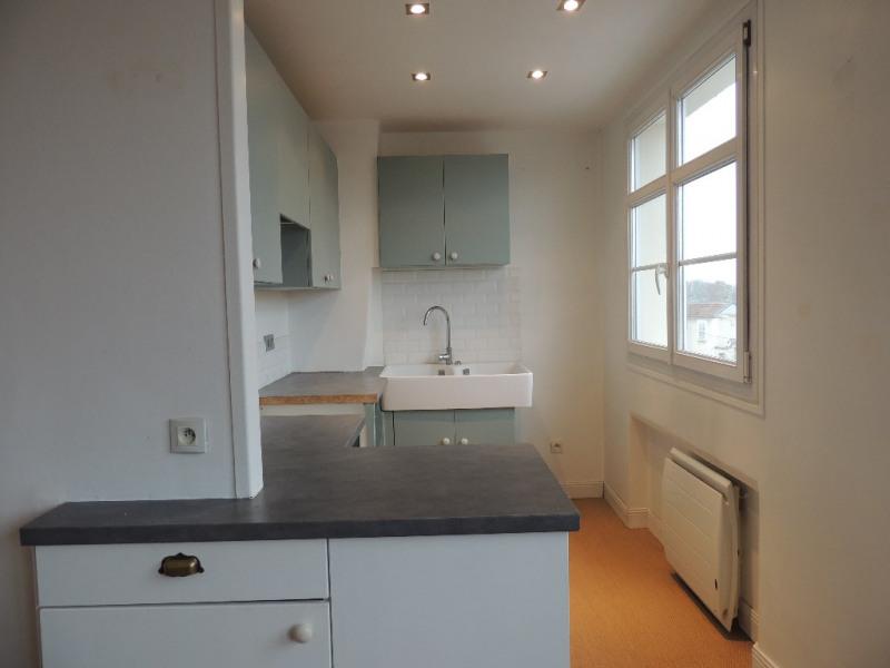 Sale apartment Saint germain en laye 219000€ - Picture 3